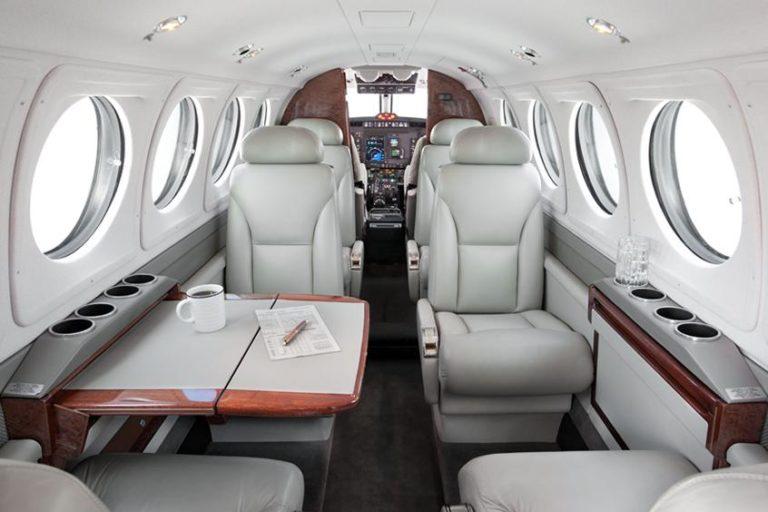 Beechcraft King Air 200 interior